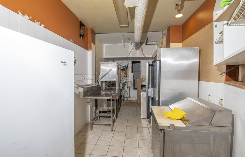 1 Mill Street commercial kitchen